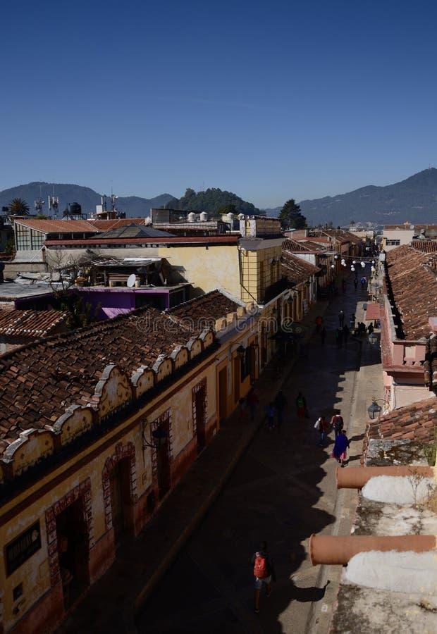 San Cristobal De Las Casa, Mexique 29 d?cembre 2018 : Rues et b?timents color?s dans San Cristobal photo stock