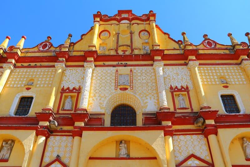 San Cristobal de Las Casas domkyrka I royaltyfria bilder