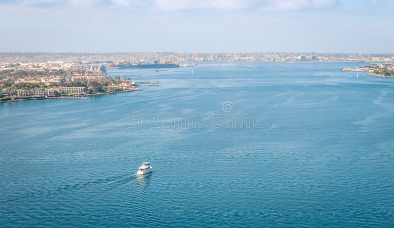 San Diego Bay från den Coronado bron royaltyfri foto