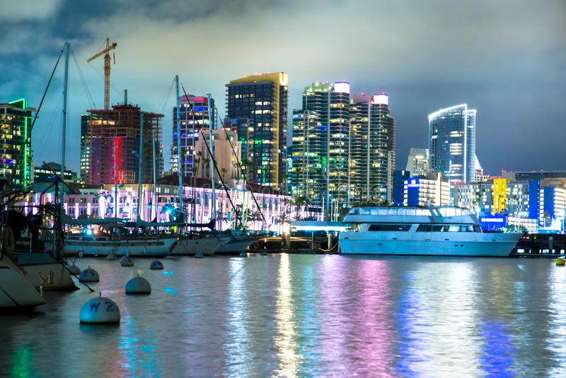 San Diego California horisont på hamnen royaltyfria foton