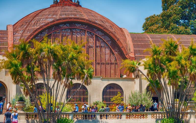 SAN DIEGO - 29 DE JULIO DE 2017: Edificio del jardín botánico Es la parte o fotos de archivo