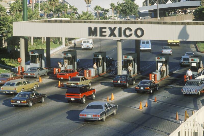 San Diego en Tijuana Mexico-de grenspost royalty-vrije stock foto's