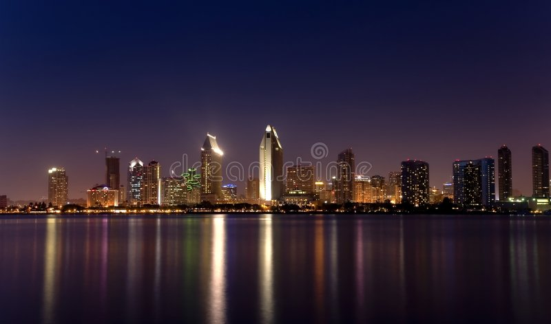 San Diego illumina il panorama 2 fotografie stock