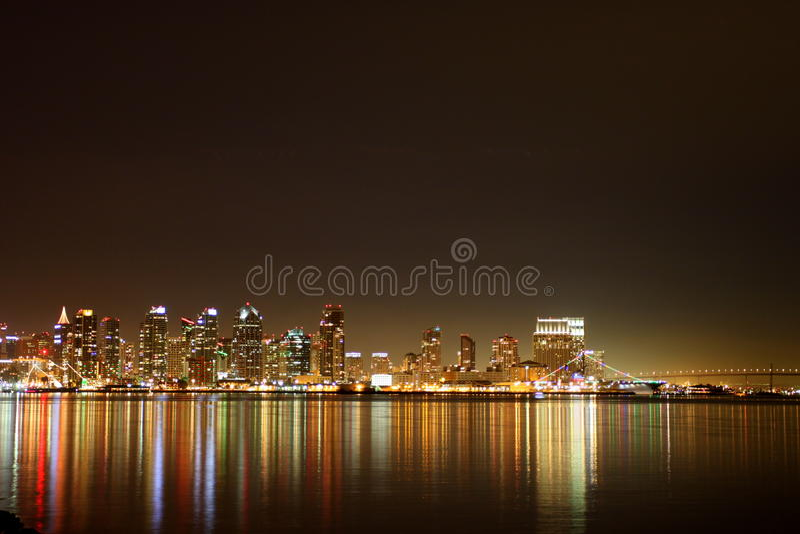 San Diego linii horyzontu noc zdjęcia stock