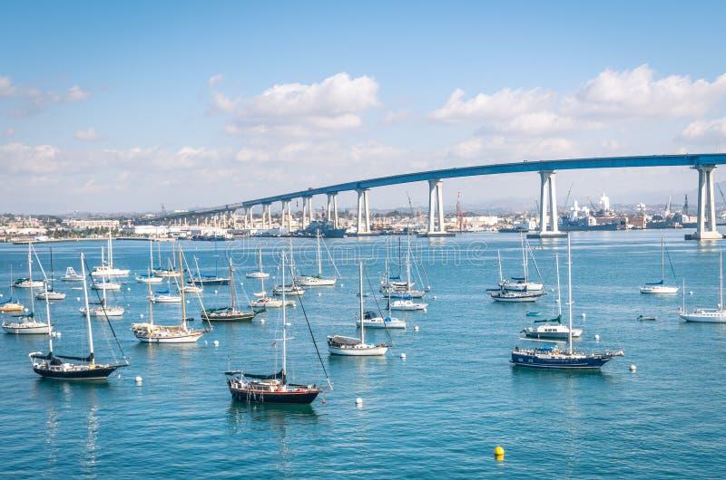 San Diego nabrzeże z żeglowanie łodziami zdjęcia royalty free