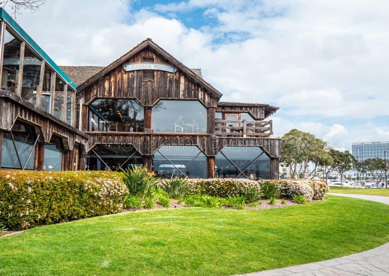 San Diego Seaport Village no oceanfront - CALIF?RNIA, EUA - 18 DE MAR?O DE 2019 fotografia de stock