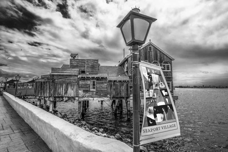 San Diego Seaport Village p? oceanfronten - KALIFORNIEN, USA - MARS 18, 2019 royaltyfria foton