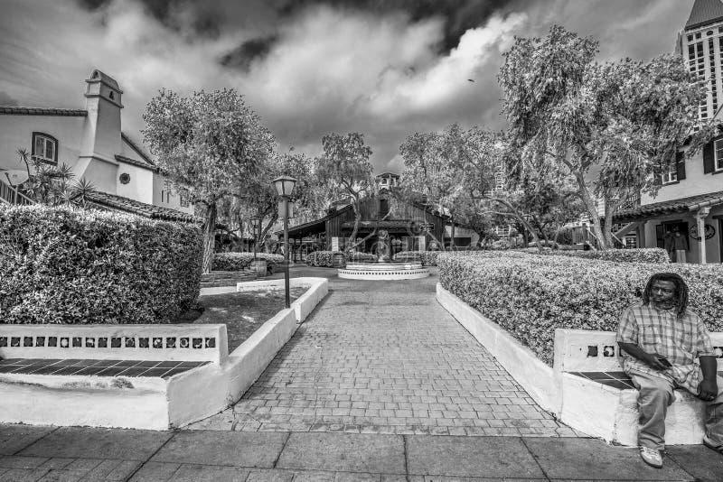 San Diego Seaport Village p? oceanfronten - KALIFORNIEN, USA - MARS 18, 2019 arkivbild