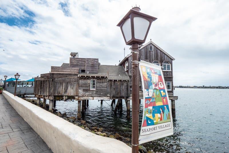 San Diego Seaport Village p? oceanfronten - KALIFORNIEN, USA - MARS 18, 2019 royaltyfri foto