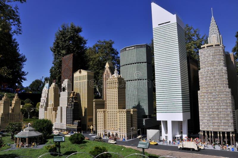 SAN DIEGO, USA - 23 september 2019: Reproduktion av New York City i Legoland arkivbild