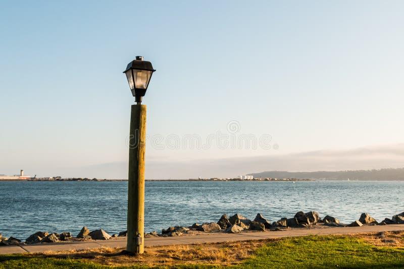 San Diego zatoka z latarnią na schronienie wyspie zdjęcia royalty free