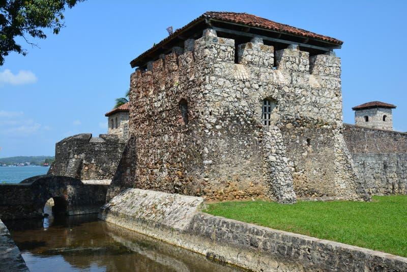 San Felipe Castle sulle rive di Rio Dulce Guatemala fotografie stock libere da diritti