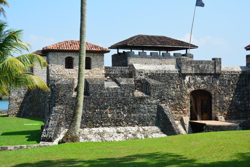 San Felipe Castle sur les rivages de Rio Dulce Guatemala images libres de droits