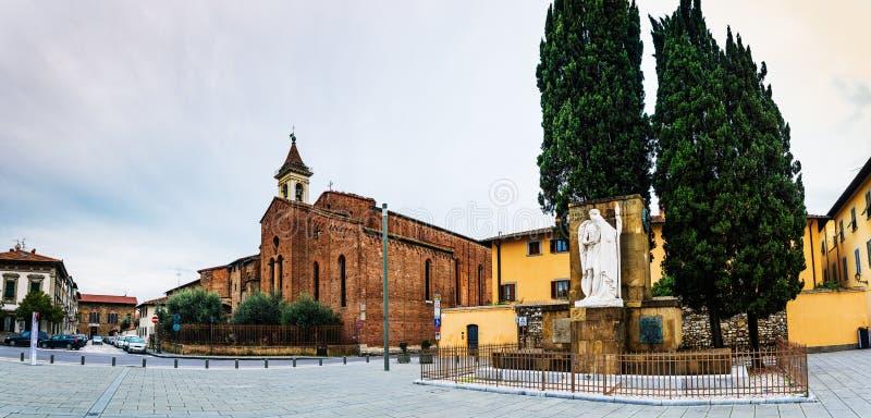 San Francesco är kyrklig i Prato, Tuscany, Italien arkivfoto