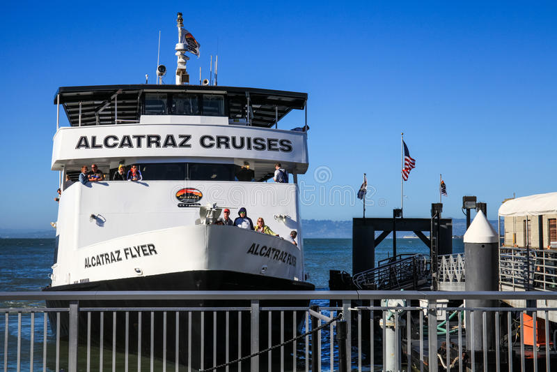 San Francisco Alcatraz Cruise Docking image stock
