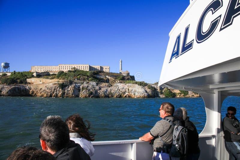 San Francisco Alcatraz Island do barco da excursão fotografia de stock