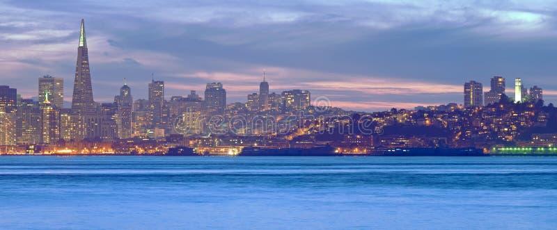 San Francisco au crépuscule