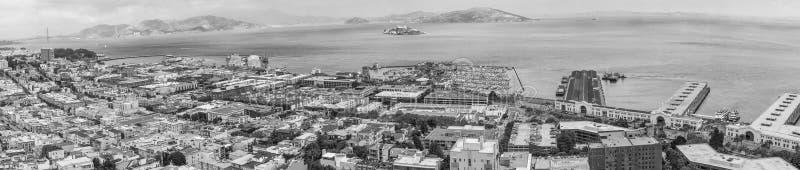 SAN FRANCISCO - AUGUSTI 7, 2017: Panorama- flyg- stadssikt från arkivbild