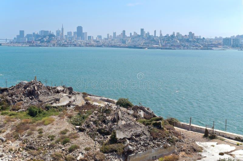 San Francisco Bay и горизонт стоковые фотографии rf