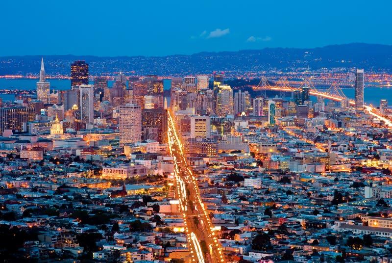 San Francisco bij nacht royalty-vrije stock afbeeldingen