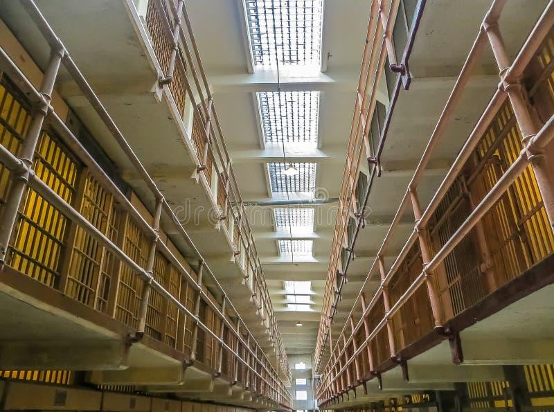San Francisco, CA los E.E.U.U. - células de la población en general de la prisión de Alcatraz foto de archivo