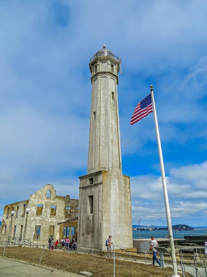 San Francisco, CA los E.E.U.U. - faro de la prisión de Alcatraz fotos de archivo libres de regalías