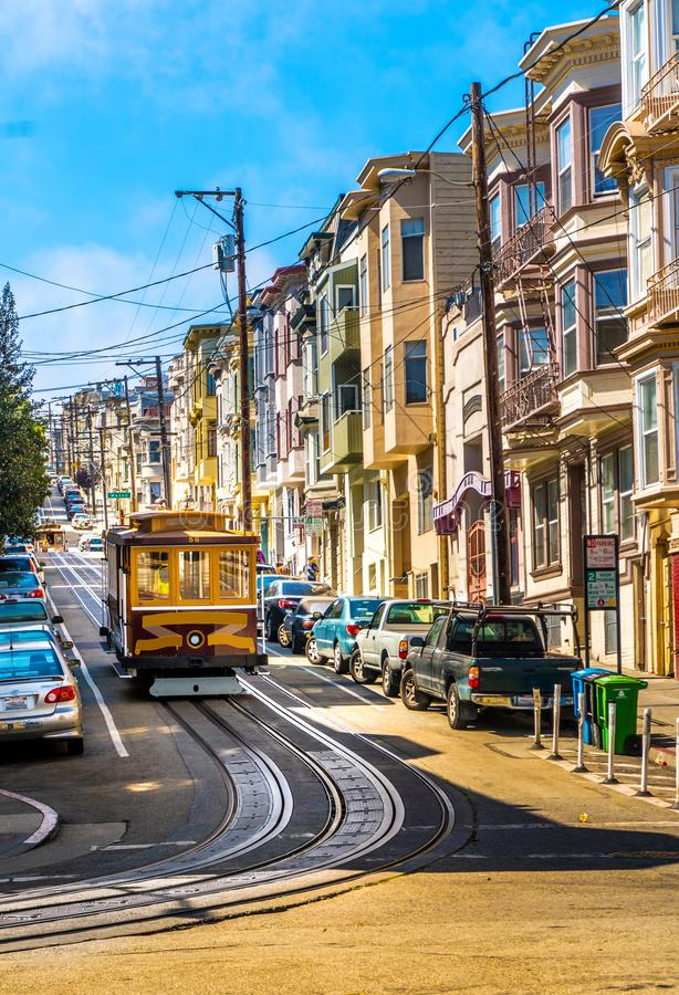 San Francisco Cable Car i centrum royaltyfri foto