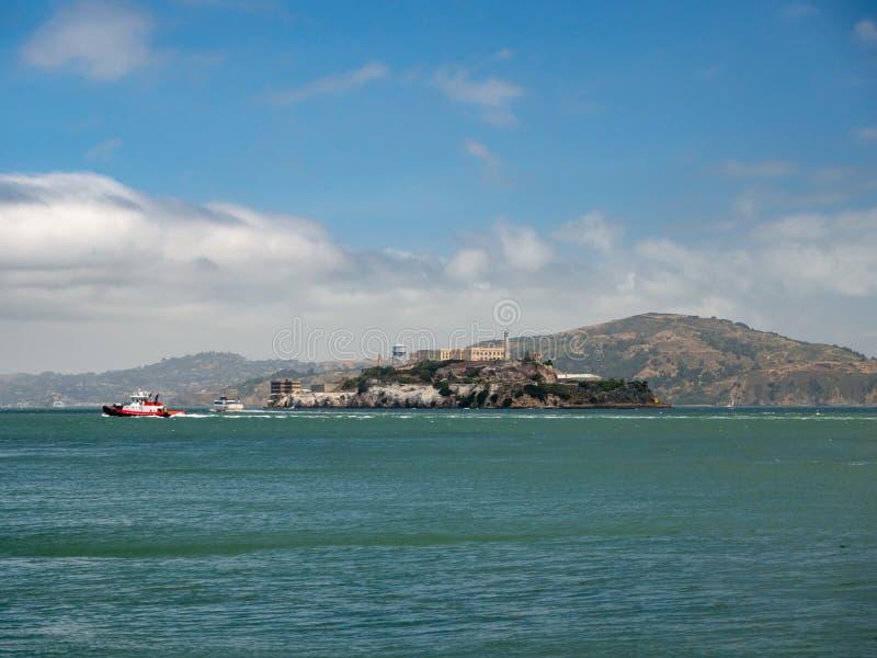 San Francisco, Califórnia, EUA: Ilha da prisão de Alcatraz imagem de stock royalty free