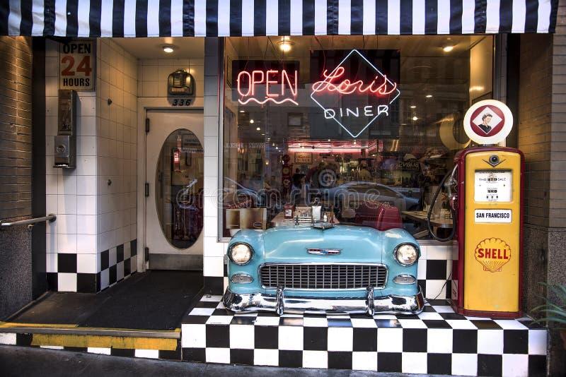 San Francisco, Californië, Verenigde Staten - circa 2016 - Diner van Lori ` s retro nostalgisch koffierestaurant royalty-vrije stock afbeeldingen
