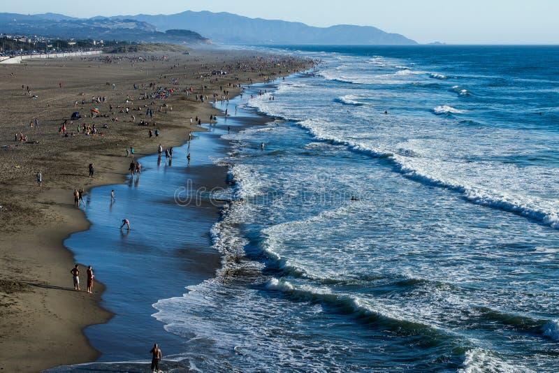 San Francisco California Ocean Beach Spring est ici et l'été vient photographie stock libre de droits