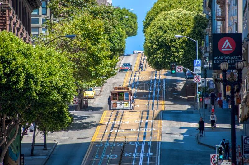 San Francisco, California, U.S.A. - 18 giugno 2014: Cabina di funivia, una delle attrazioni della città di San Francisco fotografia stock