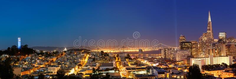 San Francisco Cityscape au crépuscule photo libre de droits