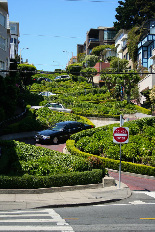 Download San Francisco Crooked Street - Lombard Street Royalty Free Stock Image - Image: 33628556