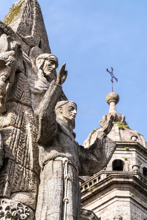 San Francisco de Asis Monument och San Francisco kyrktar på bakgrund royaltyfria foton
