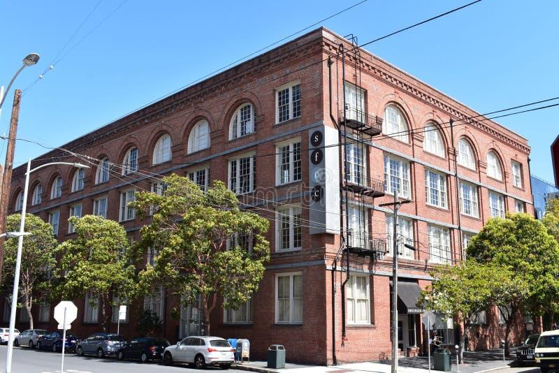 San Francisco Design Center en Henry Adams Street stock afbeelding