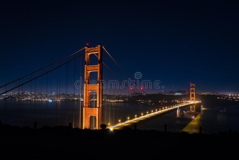 San Francisco di notte - golden gate bridge immagine stock libera da diritti