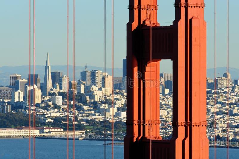 San Francisco durch Br5ucke stockfoto