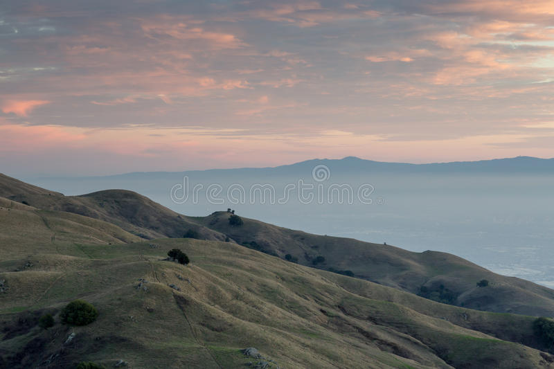 San Francisco East Bay Sunset, Südwesten schauend stockfotografie