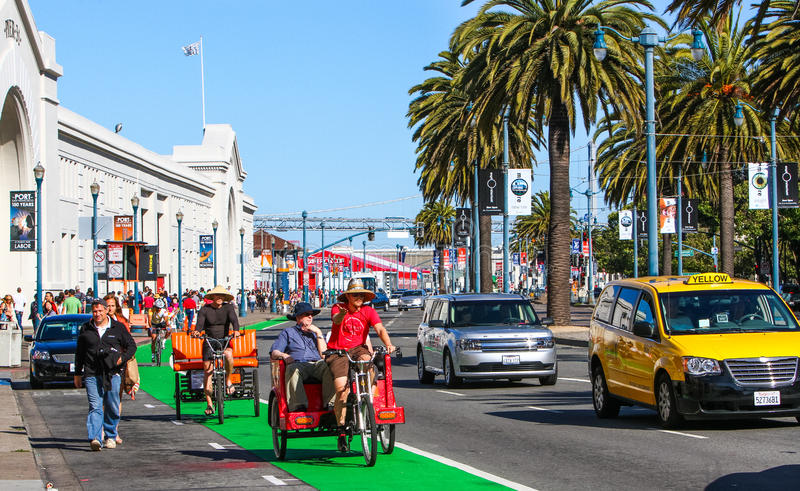 San Francisco Embarcadero Pedicab Bicycle Taxis stock afbeelding