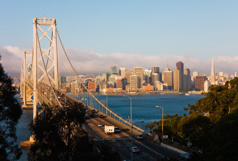 San Francisco en la salida del sol fotos de archivo