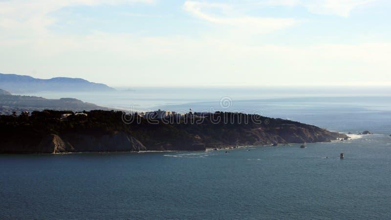 SAN FRANCISCO, Etats-Unis - 5 octobre 2014 : La vue des terres finissent avec l'océan pacifique, la Californie photos libres de droits