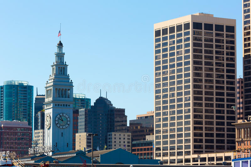 San Francisco Ferry Building Clock Tower in Embarcadero royalty-vrije stock foto's