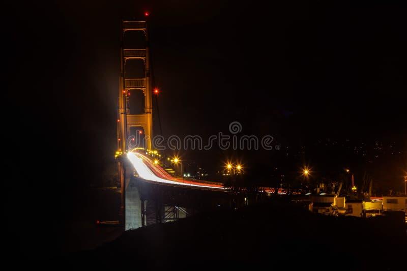 San Francisco Golden Gate Bridge na noite fotografia de stock