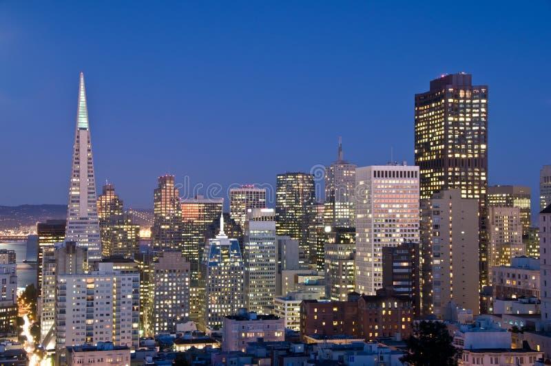 San Francisco, Kalifornien nachts stockfotografie