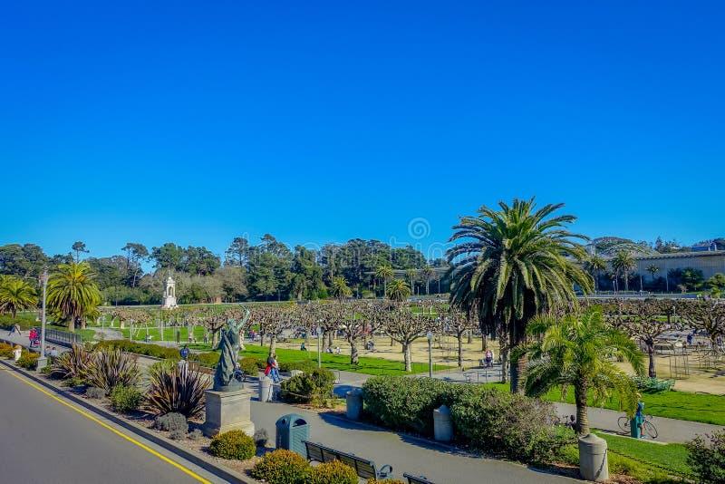 San Francisco, la Californie - 11 février 2017 : Beau Golden Gate Park à San Francisco, le cinquième la plupart de ville visitée photos libres de droits