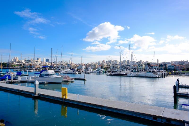 San Francisco Marina y barcos imágenes de archivo libres de regalías