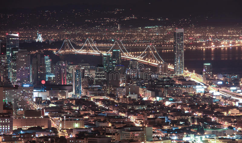 San Francisco Night View, von den Doppelspitzen, Kalifornien, USA stockfotografie