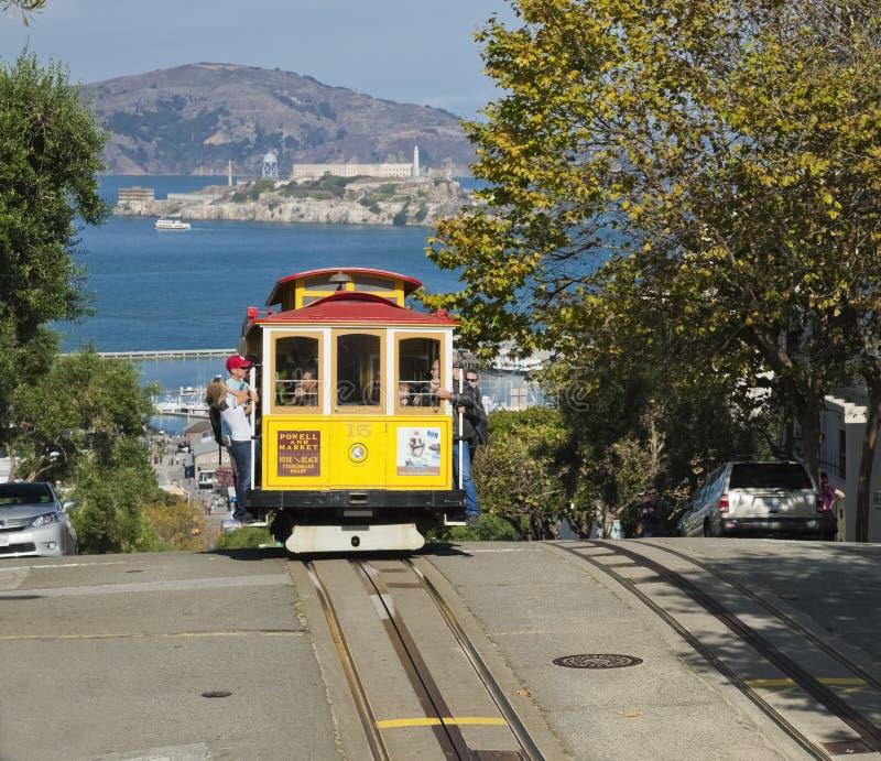 SAN FRANCISCO - spårvagnen för kabelbil royaltyfria bilder