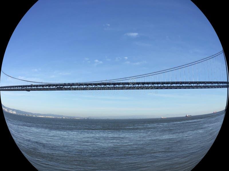 San Francisco Oakland Bay Bridge, midspan in het Eiland van Yerba Buena royalty-vrije stock foto