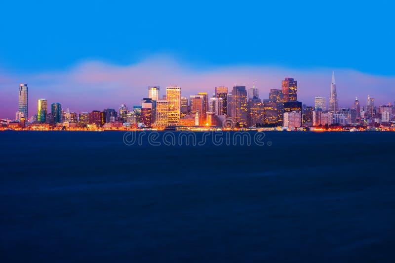 San Francisco på natten arkivbilder